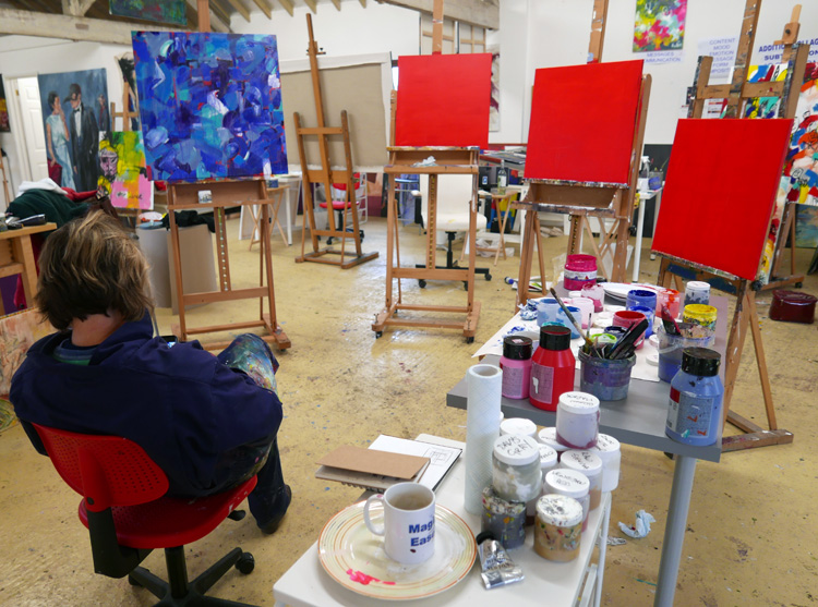 JoeDaisy Studio painting days and weekends